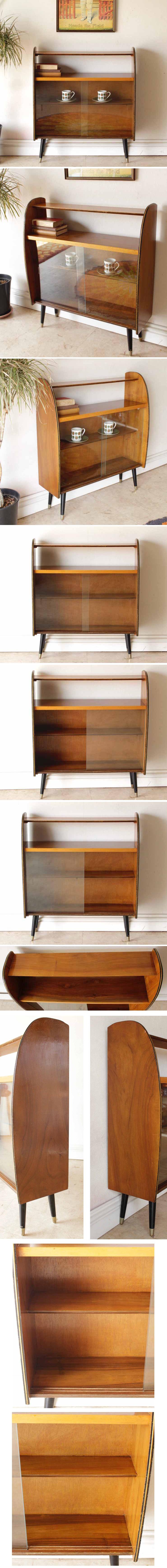 イギリス製アンティーク・ディスプレイキャビネット・ブックケース【ガラス】本棚/ビンテージ家具・年代物